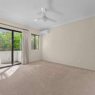 Thumbnail of 5/84 Kent Street, Hamilton, QLD 4007