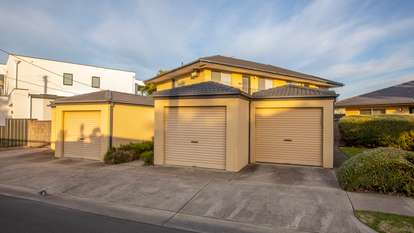 2/6 Gilmore Road, Henley Beach South