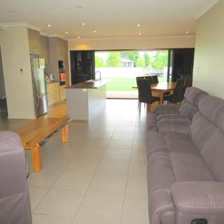 Thumbnail of 3 Carrington Place, Emerald, QLD 4720