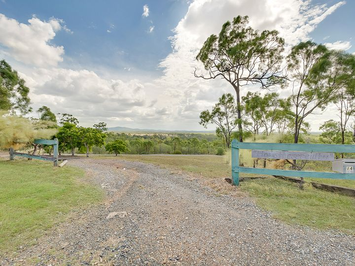 14 RIVERVIEW Drive, River Ranch, QLD