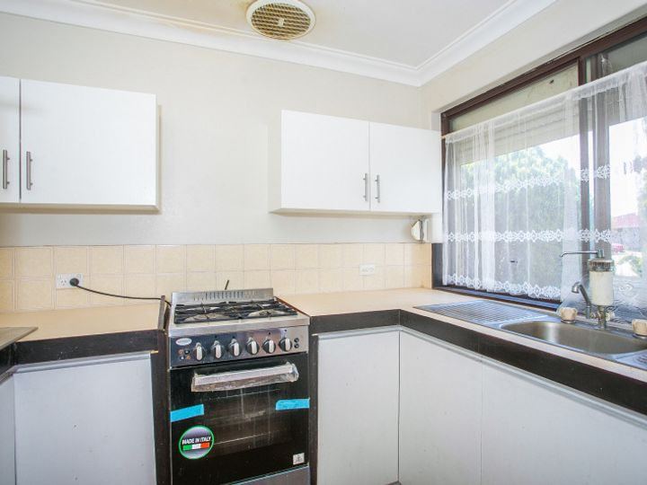 5/1 Chedworth Way, Eden Hill, WA
