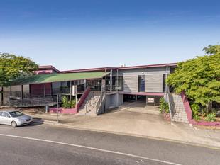 FREEHOLD OFFICE BUILDING & 25 CAR SPACES - Moorooka