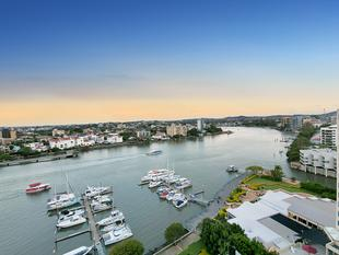 EXCLUSIVE DOCKSIDE RIVERFRONT LIFESTYLE - Kangaroo Point