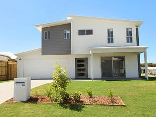 MUST SEE Gorgeous highset and on a corner block - Peregian Springs