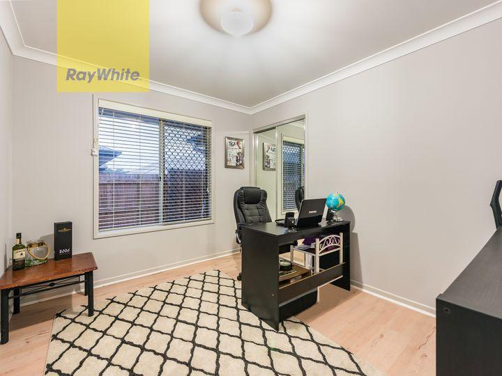 30 Mount Barney Crescent, Park Ridge, QLD