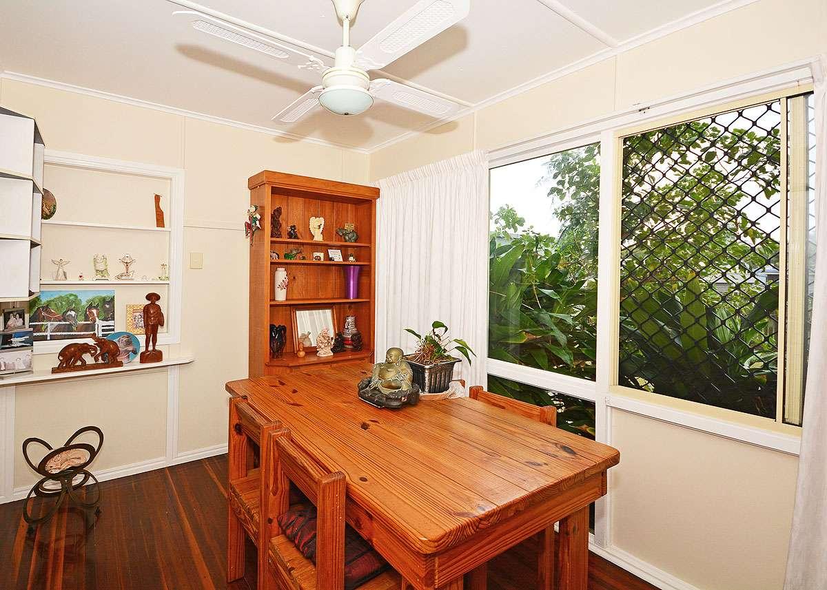 16 Shell Street, Urangan, QLD 4655