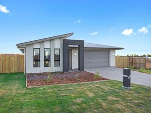 Brand New 4 Bedroom Home with a Rural Feel......... - Cambooya
