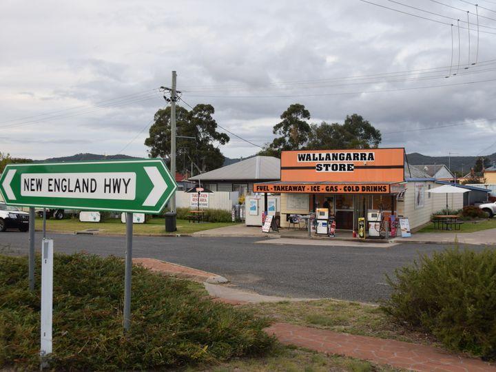 51 Tenterfield Street, Wallangarra, QLD
