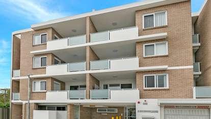 9/6 Raymond Lane, Parramatta