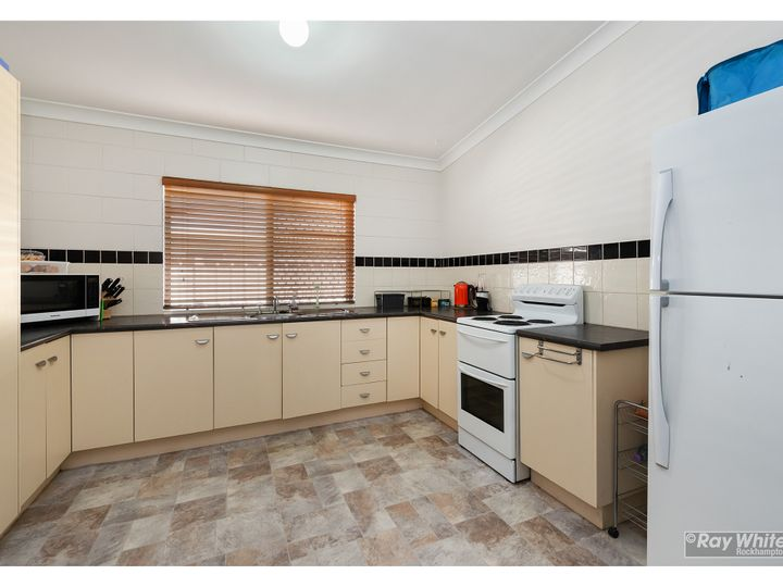 12 Kingfisher Parade, Norman Gardens, QLD
