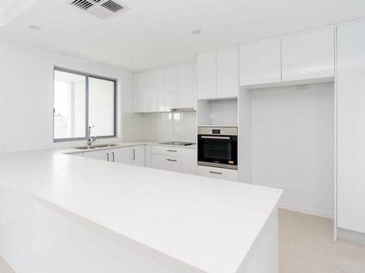 19/156 Marina Quays Boulevard, Hope Island, QLD