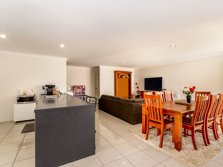 7 Lunar Court, Morayfield, QLD