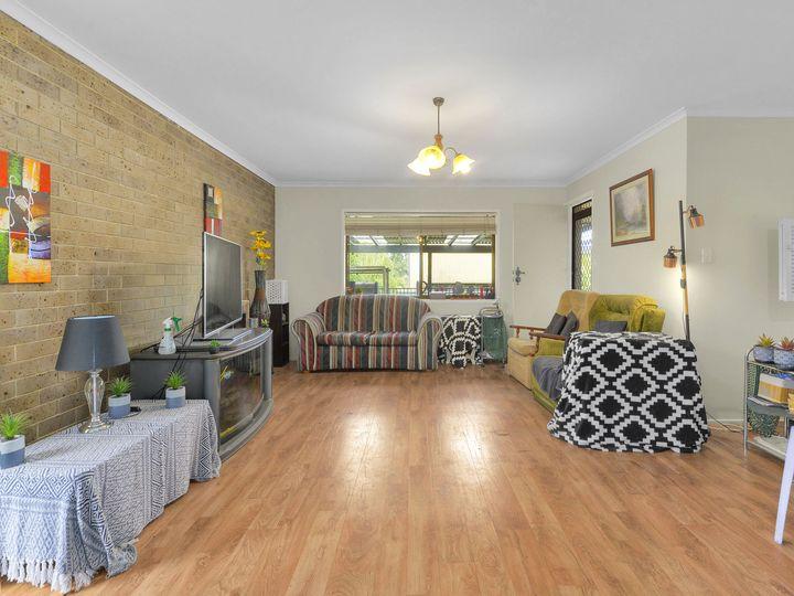 10 Dimboola Street, Bridgeman Downs, QLD