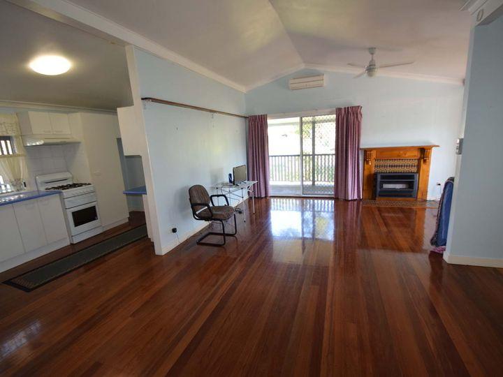2 Kelly Court, Esk, QLD