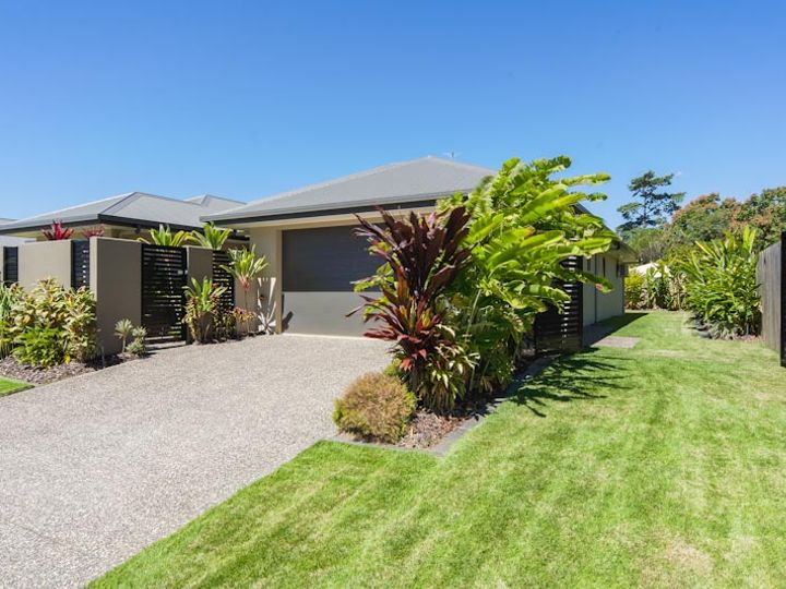 27 Ainscow Drive, Bentley Park, QLD