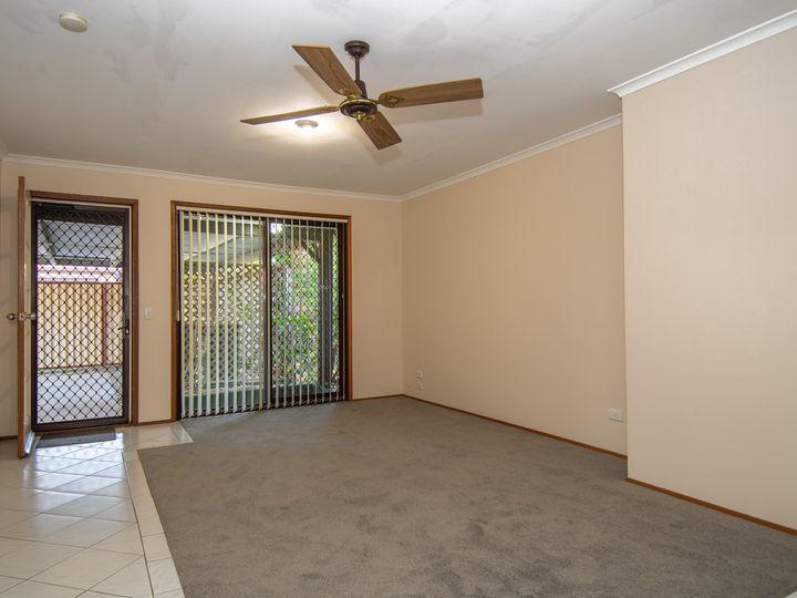 2/20 Callistemon Court, Arundel, QLD