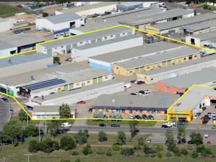 Warehouse, Showroom & Office Complex, Tenancies 100m2 to 400m2, Central Location, Easy Access, Flexible Terms - Currajong