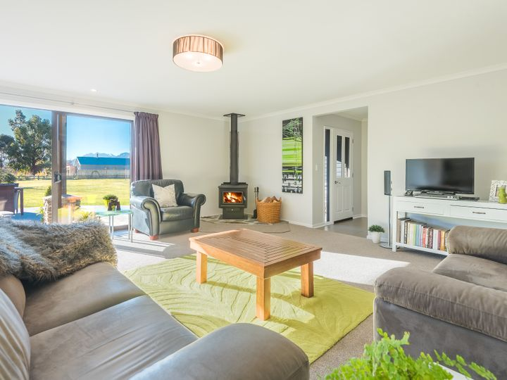 12 Long Grass Place, Lake Hawea, Queenstown Lakes District