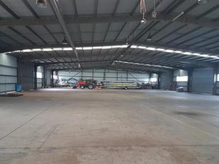 Modern 681m2 Tilt Panel Warehouse in Brendale - Brendale