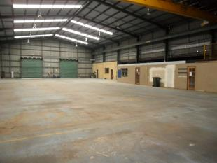 For Sale / Lease  Impressive Workshop With The Lot - Kawana