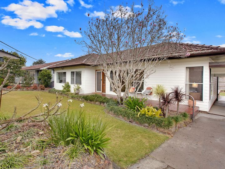 9 Loxton Place, Forestville, NSW
