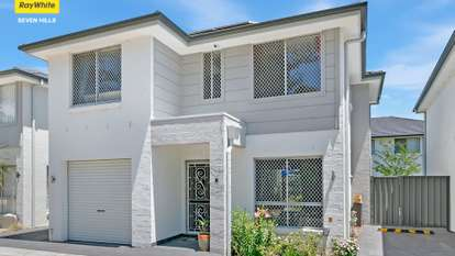 8/30 Australis Drive, Ropes Crossing