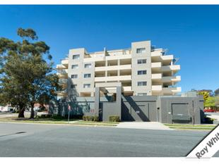 Great North Facing 3 Bedroom Executive Apartment - Queanbeyan