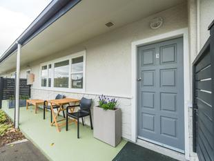 Stylish Two Bedroom Unit & Garage - Gonville