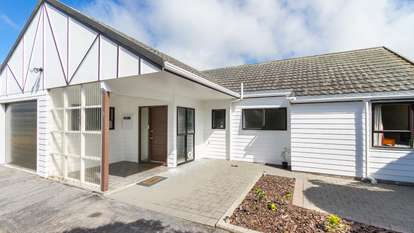 5/53 Dominion Park Street, Johnsonville