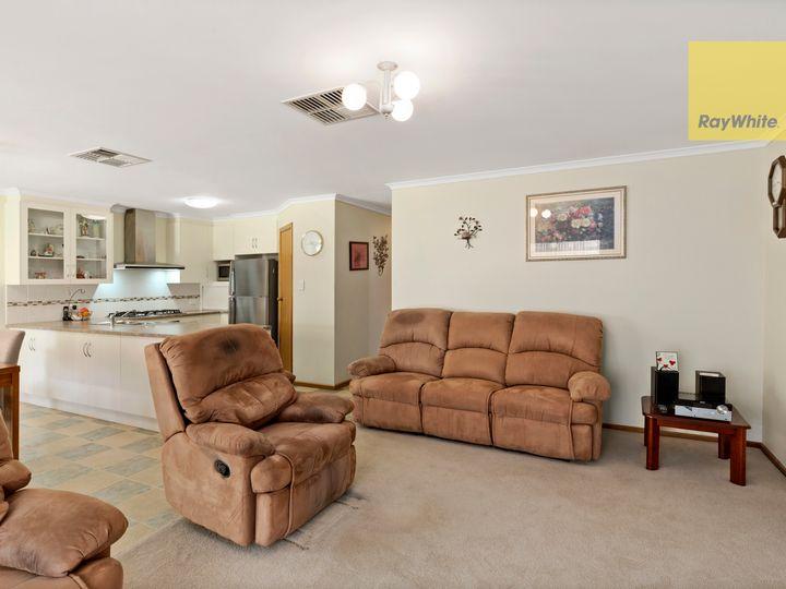 7 Mullen Close, Woodcroft, SA
