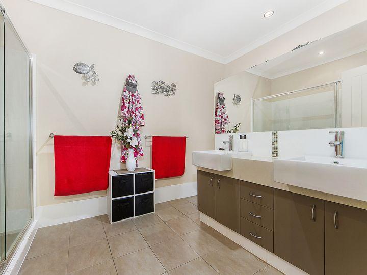 2 Settlers Avenue, Maudsland, QLD