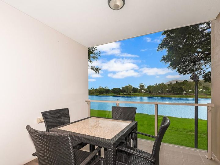 2/1B Sporting Drive, Thuringowa Central, QLD