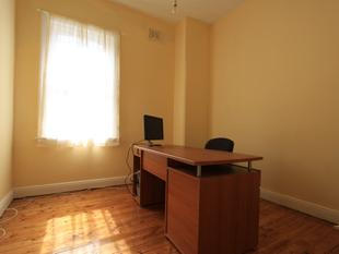 PROFESSIONAL OFFICE SPACE - Croydon