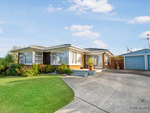Brick and Tile Living - Pakuranga Heights