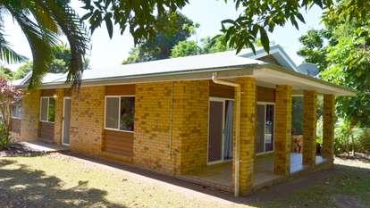 1 Webb Court, Bingil Bay