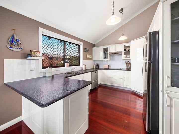 7 Byron Place, Illawong, NSW