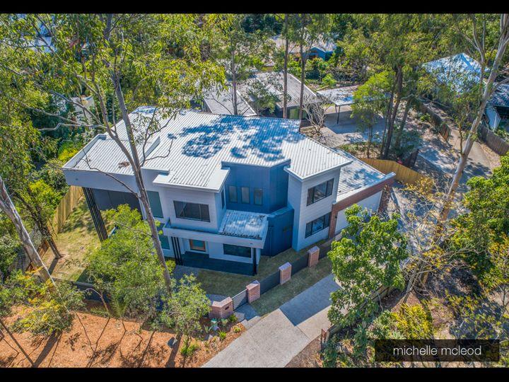 10c Kirkdale Road, Chapel Hill, QLD