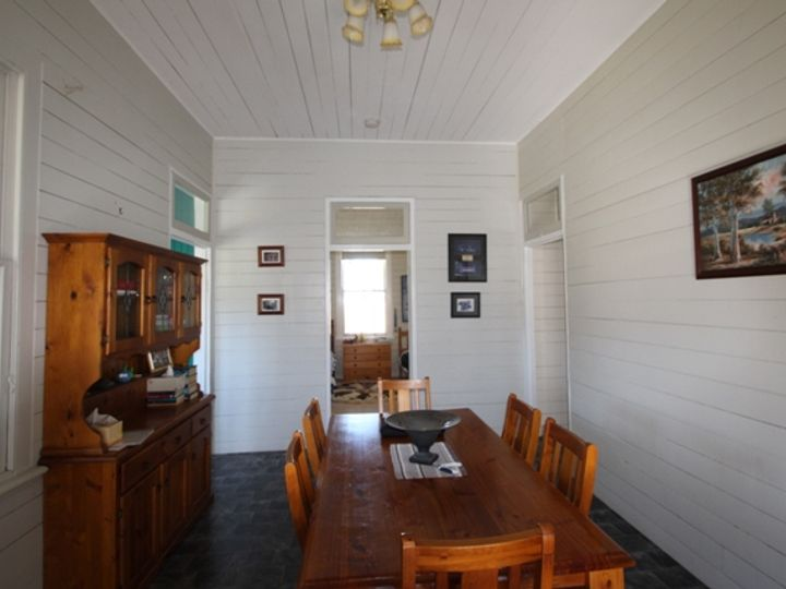 8 Miners Lane, Mount Colliery, QLD