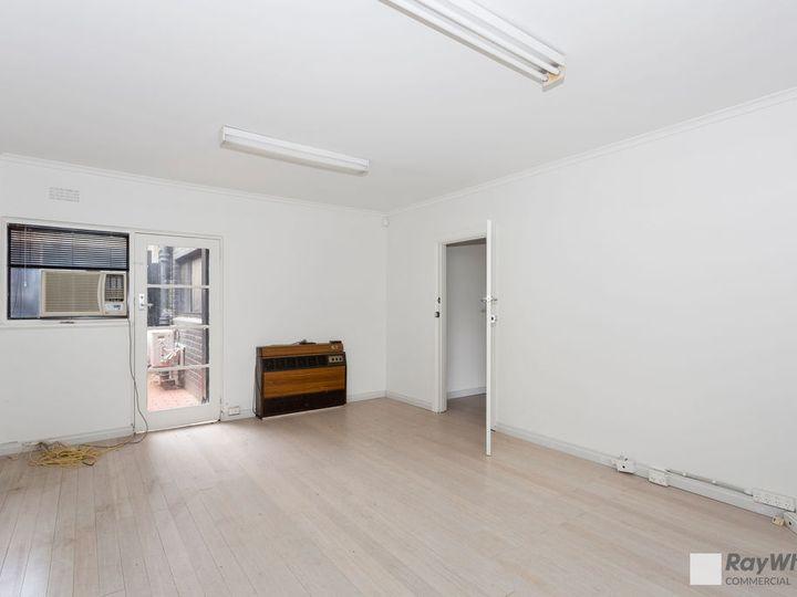 Ground Floor 226-228 Mckinnon Road, Mckinnon, VIC