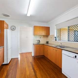 Thumbnail of 22 Liatoki Street, Mansfield, QLD 4122