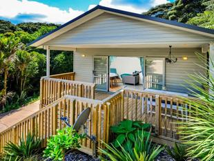 ONETANGI BEAUTY - FURNITURE AND ALL!! - Onetangi