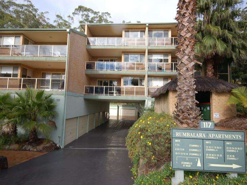 11/117 John Whiteway Drive, Gosford, NSW 2250