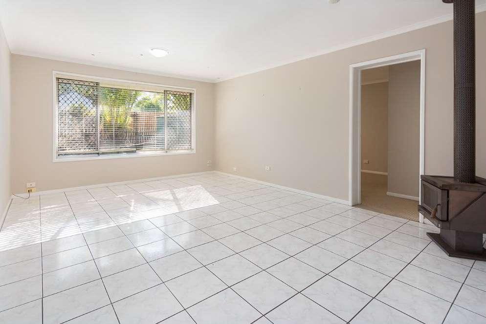 10 Highcrest Drive, Browns Plains, QLD 4118