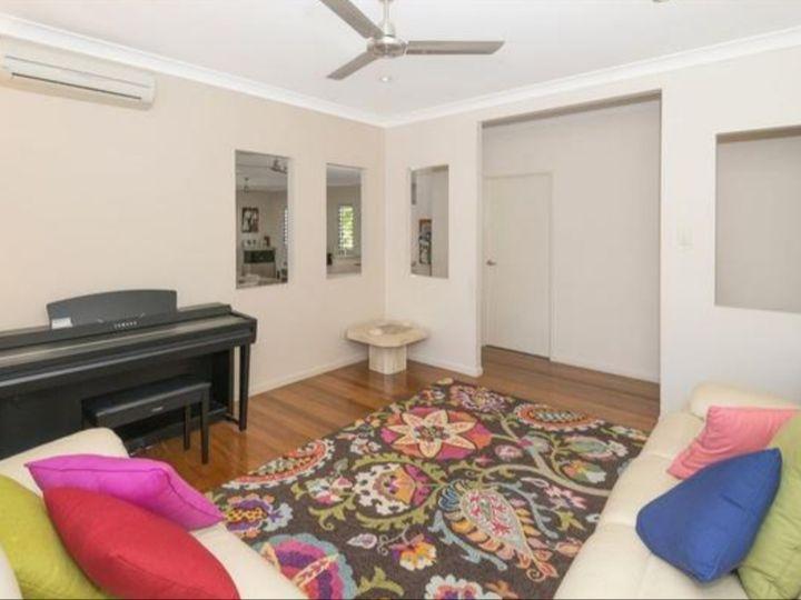 65 Woodwark Drive, Bushland Beach, QLD