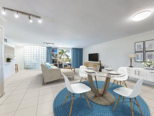 BEACHFRONT APARTMENT WITH ROOFTOP RETREAT - Maroochydore