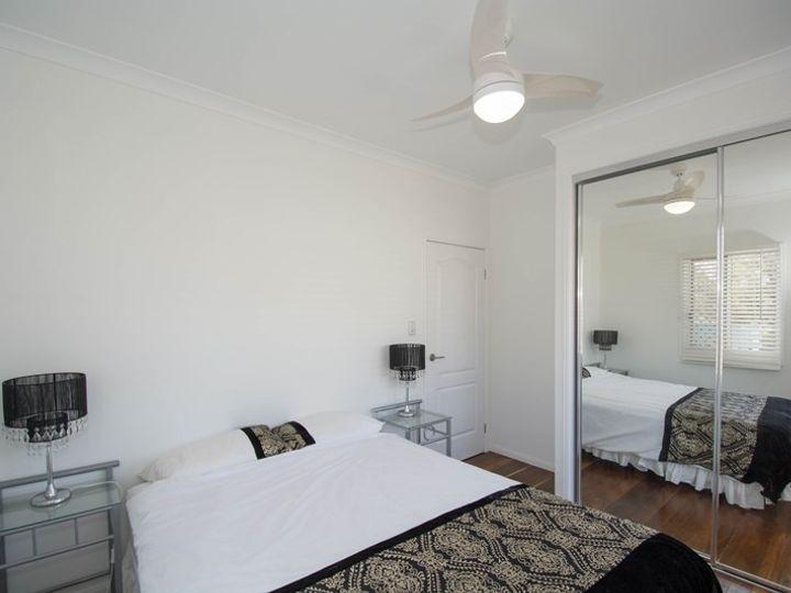 30 Moffatt Street, Burnett Heads, QLD