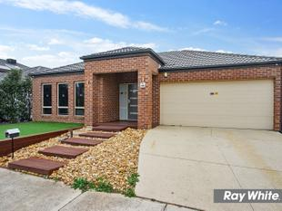 Gorgeous Family Home at a Fantastic Location - Tarneit