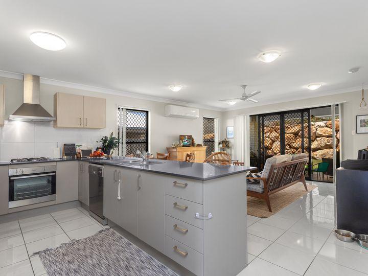 75 Sandalwood Crescent, Griffin, QLD