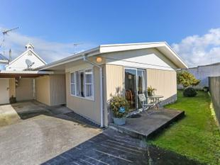 Cute As on Queen Street! - Waiuku