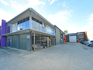 Quality Office Warehouse With Street Frontage - Coolum Beach